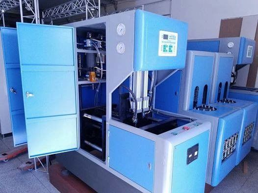 China Blue 900 Pcs / H Pet Preform Injection Moulding Machine For 100ML- 2000ML Size factory